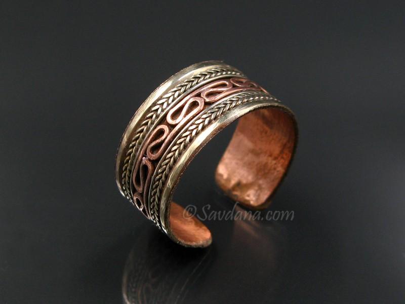 https://www.savdana.com/8644-thickbox_default/bgd98-bague-tibetaine-cuivre-laiton-metal-argente.jpg