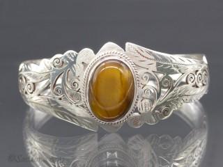 BrA105 Bracelet Tibétain Argent Massif Oeil de Tigre