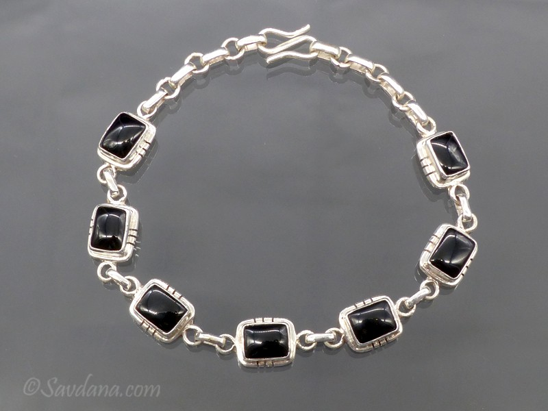 https://www.savdana.com/9794-thickbox_default/bra108-bracelet-argent-massif-onyx.jpg